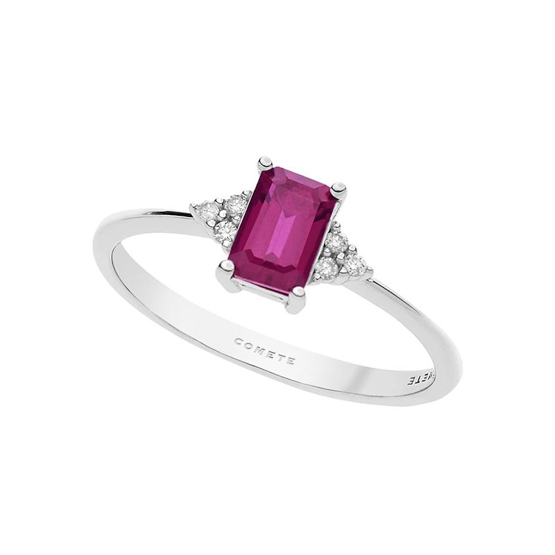 anello oro bianco diamanti e rubino rosso