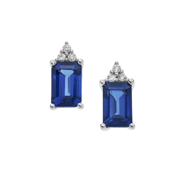 orecchini in oro bianco con diamanti e zaffiri blu