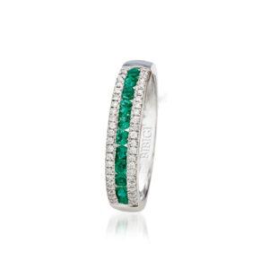 anello bibigì fascia pavè smeraldi diamanti
